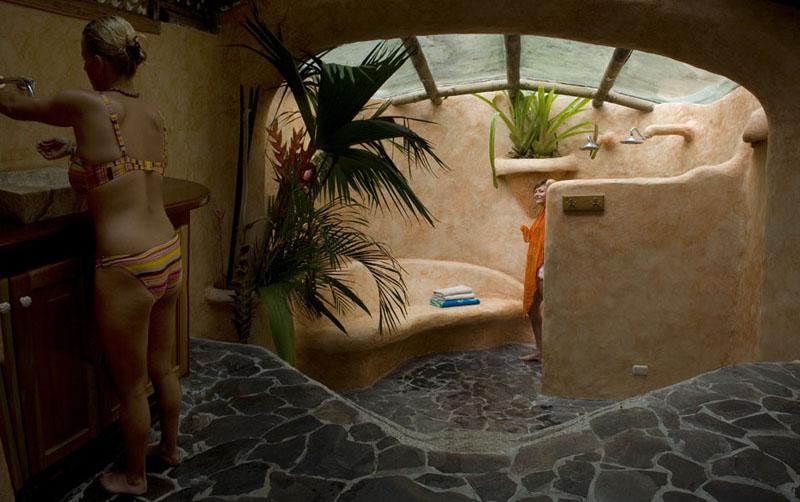 Costa rica beach tree houses - Tree house bathroom ...