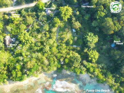 Costa Rica Tree House Lodge Puerto Viejo Beach Hotel: aerial view of the property